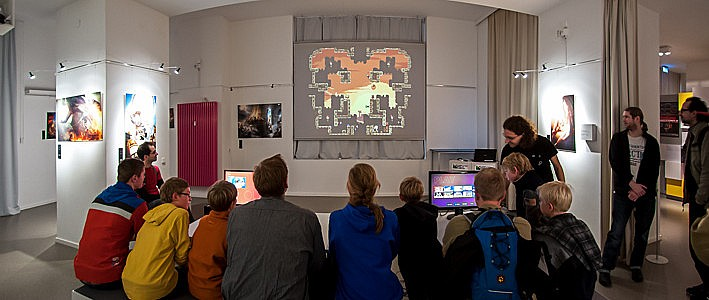 OUYA Event in Berlin - Playing Towerfall